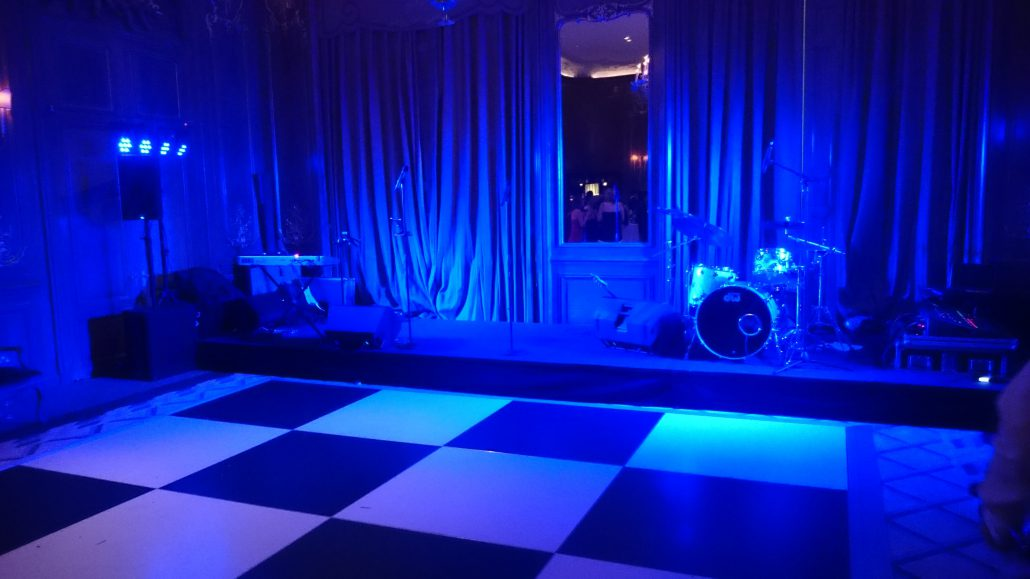 Claridges Simple Band Setup And Stage Wash Lighting Hire